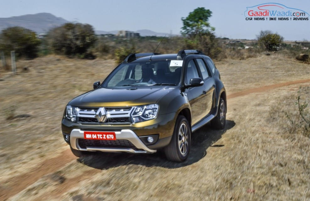 renault duster 2016 front view review pics