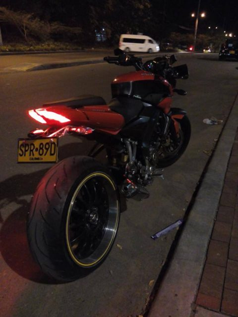 Custom Bajaj Pulsar NS200 with BMW S1000RR's Rear Tyre 2